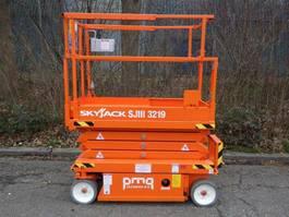 schaarhoogwerker wiel Skyjack SJ3219 2012