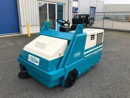 veegmachine Tennant 6400, Veegmachine, hoogkieper, Diesel 2001