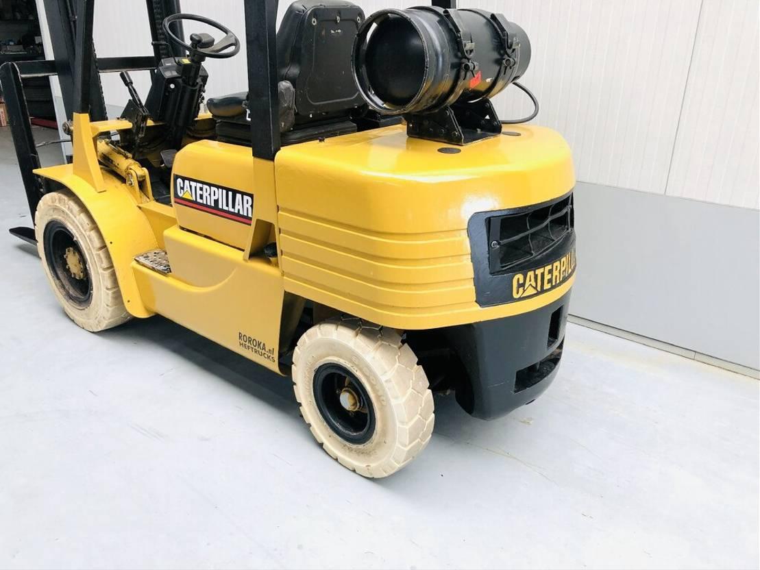 vorkheftruck Caterpillar GP30 1993