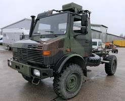 platform bedrijfswagen Mercedes-Benz Unimog U 1300 L 435 4X4 2t KLIMA *-OLDTIMER-* AHK 1981