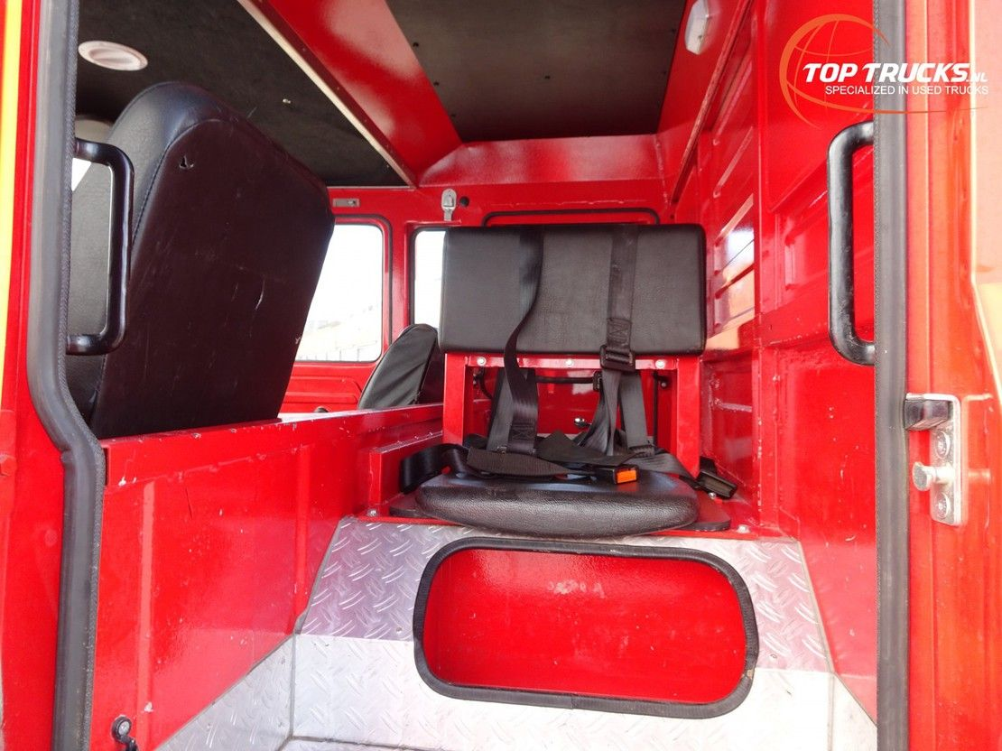 brandweerwagen vrachtwagen Iveco Unic 80.140 4x4 -Feuerwehr, Fire brigade -1.750 ltr watertank - 3t. Lier... 1985
