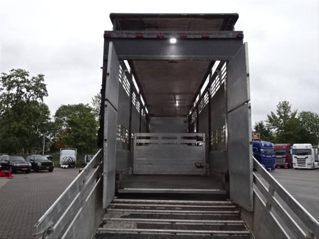 vee oplegger CUPPERS LSD0 12-27 SL 2 Stock Livestock trailer 1996