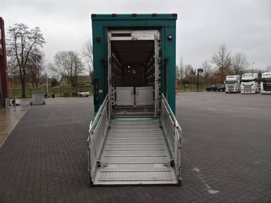 vee oplegger Menke-Janzen 5 Stock Livestock trailer 2009