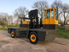 zijlader heftruck Baumann AS80 side loader