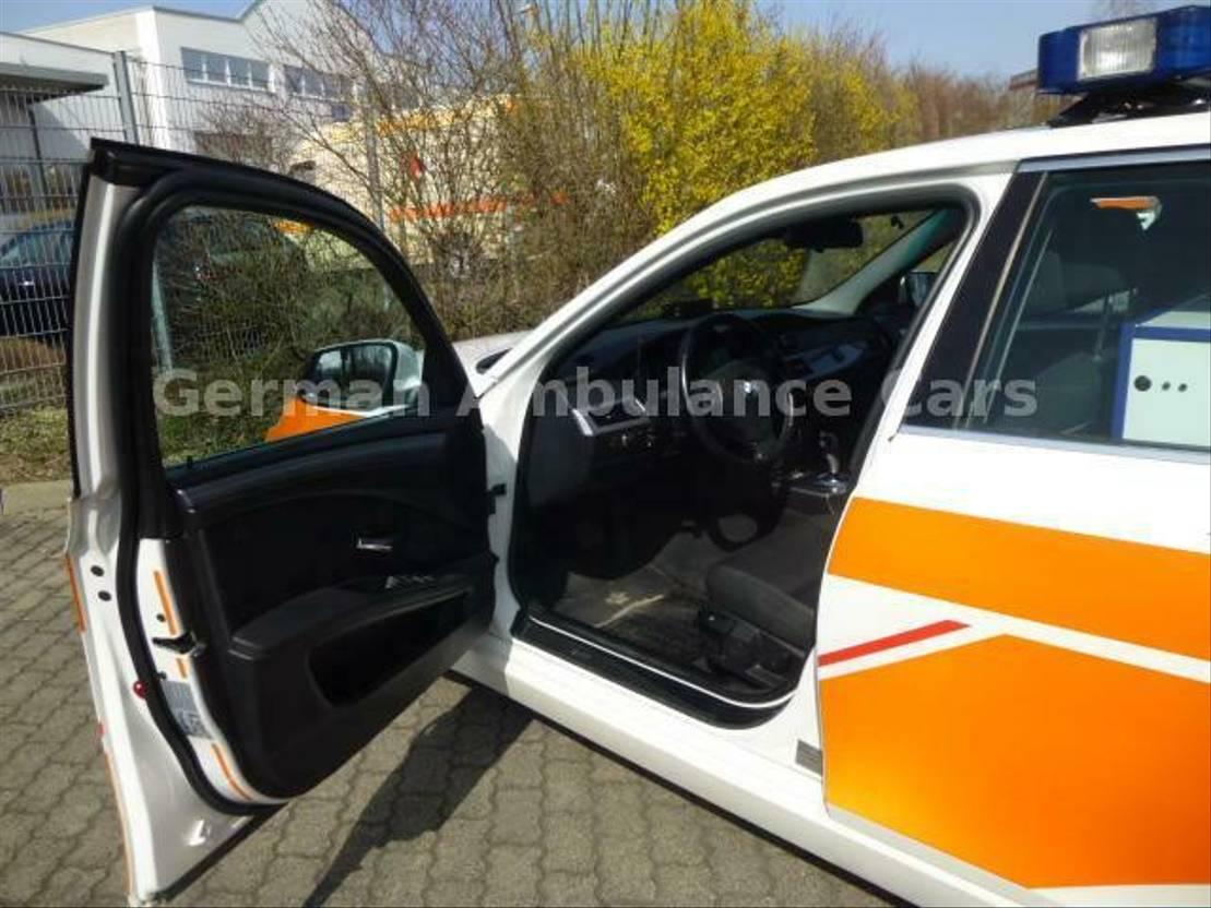stationwagen BMW 530d xDrive NEF-Ausstattung 3-Sitzer 2009