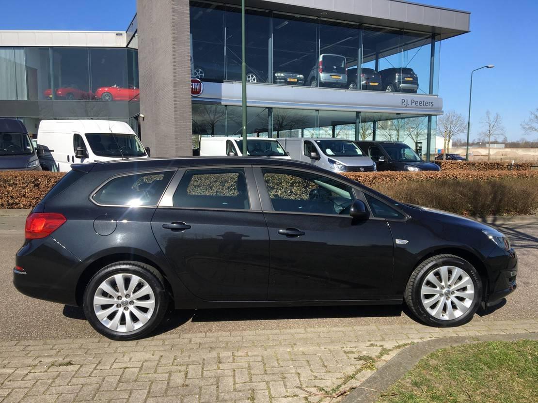 stationwagen Opel Sports Tourer 1.4 Edition (airco - cruise control - ML - MF lederen stuu... 2015