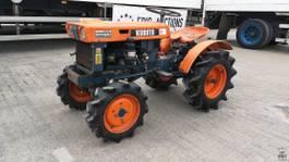 standaard tractor landbouw Kubota B6000