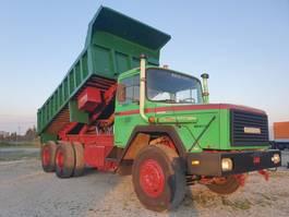 kipper vrachtwagen > 7.5 t Magirus Deutz 310 D 32 K 6X4 HD 1982