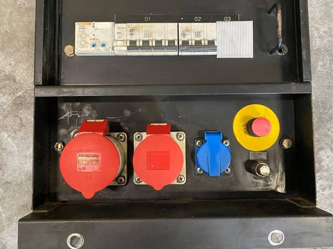 generator Atlas Copco Besturingskast ten behoeve van generatorset aggregaat universeel 2005