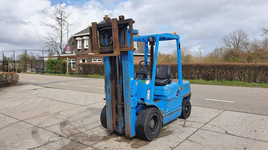 vorkheftruck Hyster H3.00XM 3 ton diesel 4.77m.
