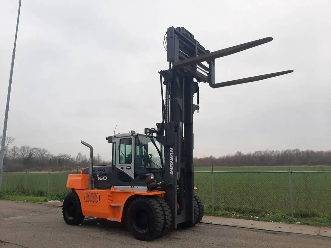 vorkheftruck Doosan D160 S-7 2018