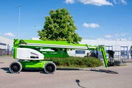 knikarmhoogwerker wiel Niftylift HR28 Hybrid 4x4 2020