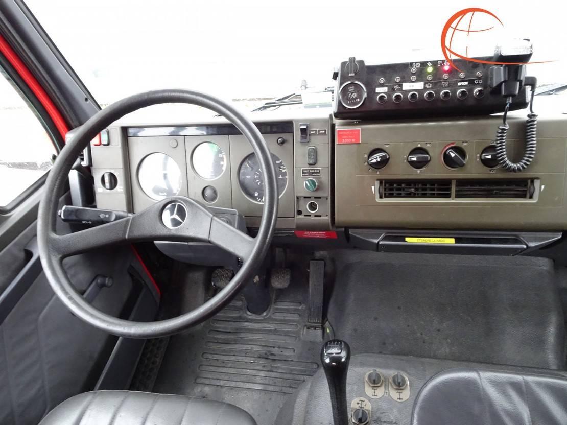brandweerwagen vrachtwagen Mercedes-Benz 917 AF 4x4 feuerwehr - fire brigade - brandweer - Rescue-Vehicle 1996