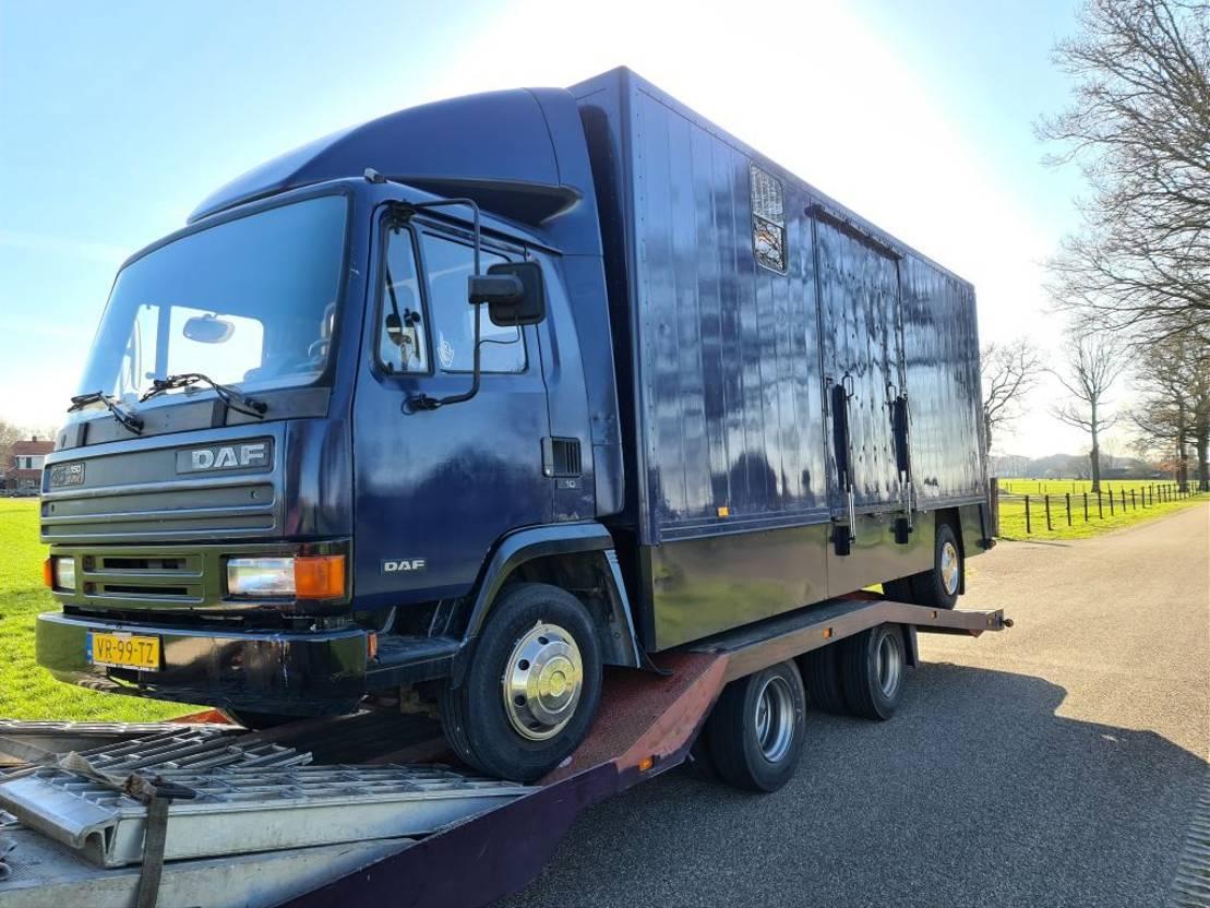 bakwagen vrachtwagen DAF 45 1992
