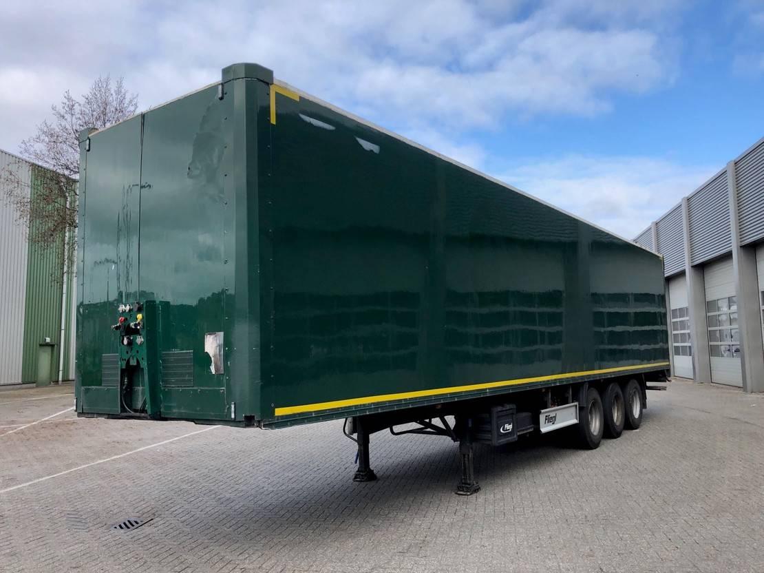 gesloten opbouw oplegger Fliegl SDS 390 / 3 axle Disk / Box / Loadlift / Room Damage Dach Schade 2008