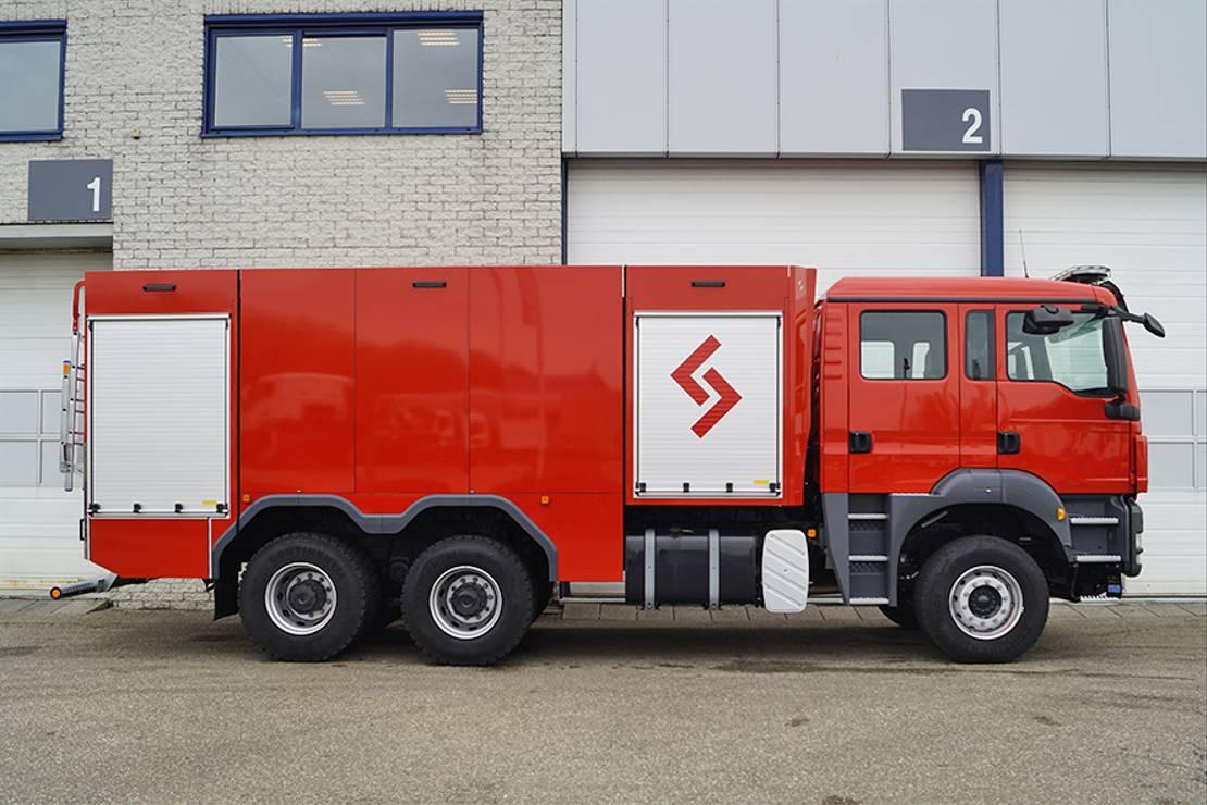brandweerwagen vrachtwagen MAN TGS 26.440 BB FIREFIGHTER TRUCK
