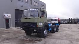 chassis cabine vrachtwagen Iveco Magirus 260 - 23 (GRAND PONT / SUSPENSION LAMES / V8 MOTEUR / 10 ROUES / 6X4) 1988