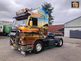 standaard trekker Scania 113.380 SHOW TRUCK - SPECIAL PAINT 1992