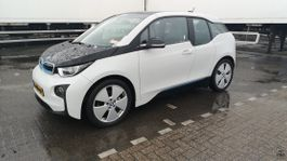 hatchback auto BMW i3 2017