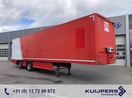 gesloten opbouw oplegger Renders / 2 as Gestuurd X-steering / Box / Laadklep / APK 07-21 2011