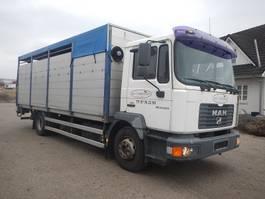 veewagen vrachtwagen MAN 14.220 Kreaturbil 2004
