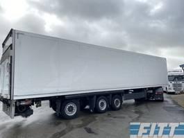 gesloten opbouw oplegger Schmitz Cargobull 3ass gestuurde geisoleerde oplegger met 3T achterklep ON38BS 2013