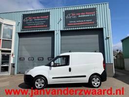 gesloten bestelwagen Fiat Doblo 1.3 JTD Airco Trekhaak MARGE auto 2013