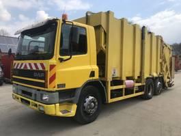 vuilniswagen vrachtwagen DAF CF 75 6x2 **MANUAL GEARBOX-REFUSE TRUCK** 2000