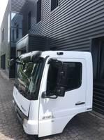 cabine - cabinedeel vrachtwagen onderdeel Mercedes-Benz Fahrerhaus Kabine 4-cylinders