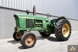 standaard tractor landbouw John Deere 4020 1966