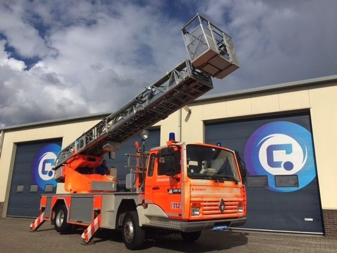brandweerwagen vrachtwagen Renault Midliner M200 4x2 + METZ DLK 24/PLC-1 Rescue Platform 24 meters - 55.669 Km 1993