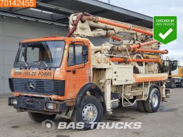betonpomp vrachtwagen Mercedes-Benz 1922 4X2 Manual Big-Axle Steelsuspension Putzmeister 1992