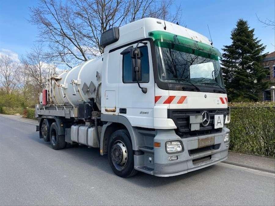 Mercedes-Benz - 6X2 Lenk+Liftachse/ADR/14000 Liter 2