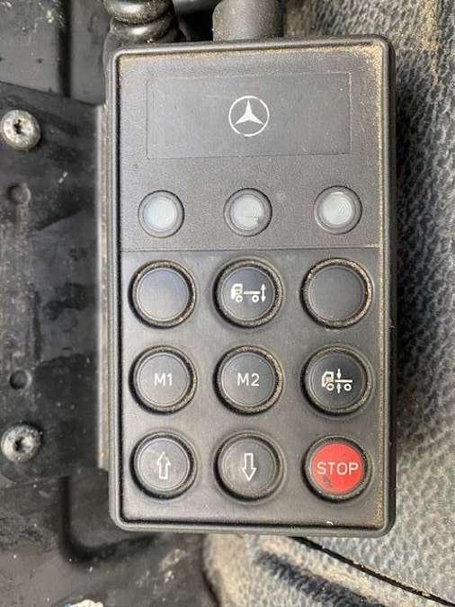 Mercedes-Benz - 6X2 Lenk+Liftachse/ADR/14000 Liter 16
