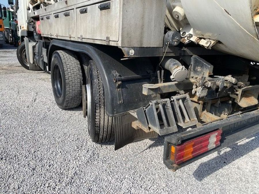 Mercedes-Benz - 6X2 Lenk+Liftachse/ADR/14000 Liter 29