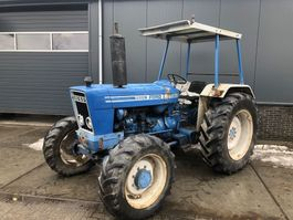standaard tractor landbouw Ford 5600 4 wheel drive 1980