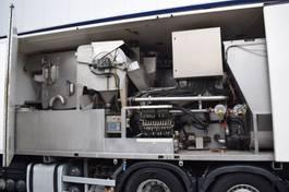 kolkenzuiger vrachtwagen Universal Dewatering Aquateq DMU 4612 Ecovee