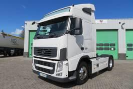 standaard trekker Volvo FH 13 460 EEV   (679360 KM!) 2013