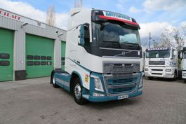standaard trekker Volvo FH 500  + PTO /Hydraulic ( France original truck) EURO 6  YEAR 2015 VIN 2014