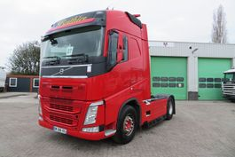 standaard trekker Volvo FH 500 (EURO 6) + VEB + 646413km!  2015 year by VIN (French truck with service history) 2014