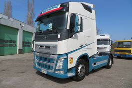standaard trekker Volvo FH 500  + PTO /Hydraulic ( France original truck) EURO6 (582875 km) 2016