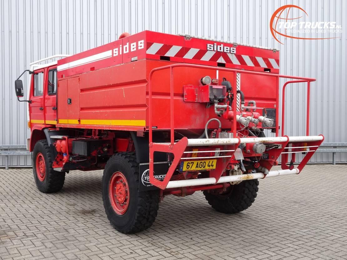 brandweerwagen vrachtwagen Renault Midliner 210 M210 4x4 -Feuerwehr, Fire brigade -4.400 ltr watertank - Expeditie, Camp... 1999