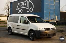 gesloten bestelwagen Volkswagen Caddy Maxi 5 zit lichte vracht 2010