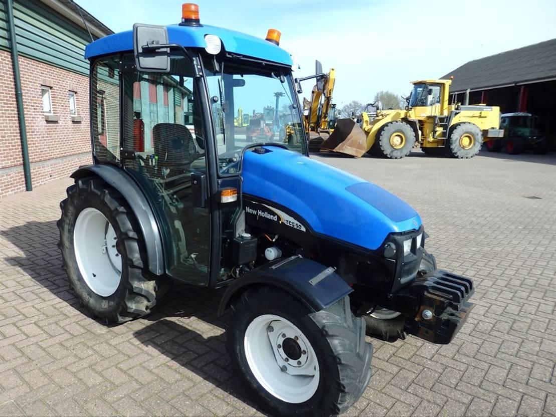 standaard tractor landbouw New Holland TCE 50