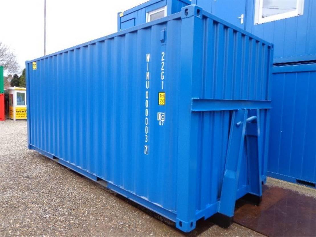 dry standaard zeecontainer Diversen 20ft op slede