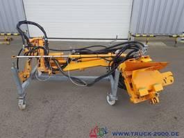 overige bouwmachine Unimog Mulag MRF 300 Schlegelmähkopf MS + Ausleger 2006