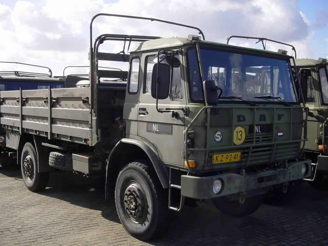 leger vrachtwagen DAF 1800 YA4440 DT615 steel 4x4 EXPORT ex-army MORE UNITS YA 4442 2300 Mercedes 1017 on request 1981