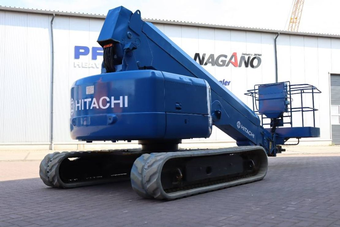 telescoophoogwerker rups Hitachi HX120B Diesel, 14m Working Height, 11m Reach, Non 2002