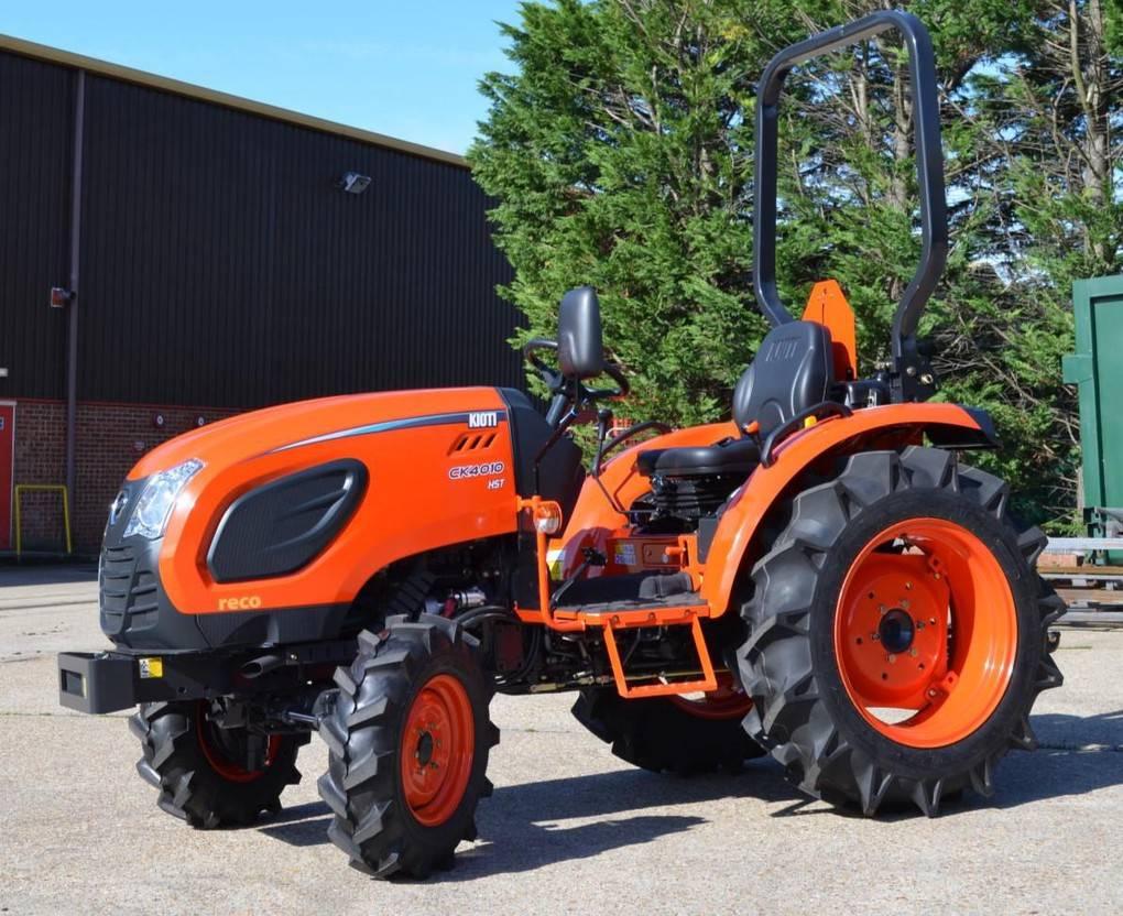 standaard tractor landbouw Kioti Nieuw CK 4010 kioti 40pk tractor 4 wd nieuw actie evt met voorlader en c...