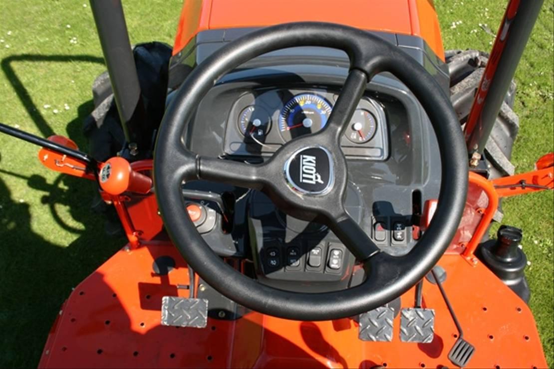 standaard tractor landbouw Kioti DK5010 NHS Kioti 50 pk 4wd tractor nieuw evt met cabine